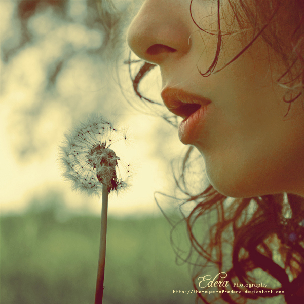 awickout-blow-dreams-girl-lips-plants-Favim-com-68825